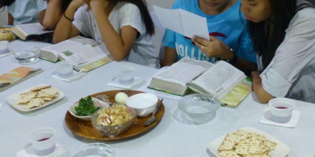 Passover Dinner Lesson